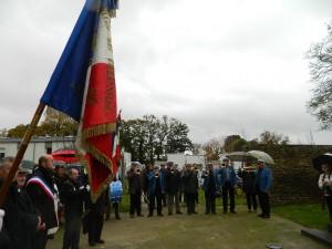 Pas de 11 novembre sans le drapeau bleu blanc rouge.